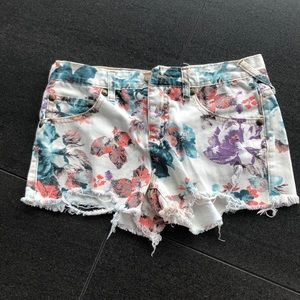 Super cute free people shorts!